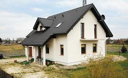 Zmienili popularny projekt gotowy i wybudowali dom idealny dla swojej rodziny