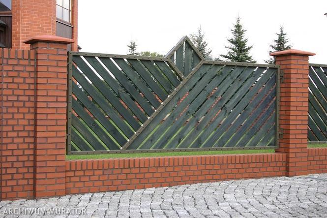 Ogrodzenia murowane - z cegieł klinkierowych