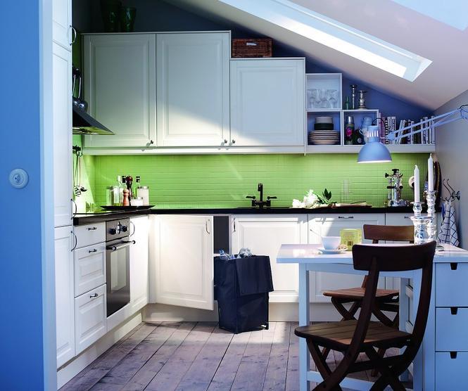 Aranżacja kuchni na poddaszu Galeria zdjęć pomysłowych aranżacji kuchni pod   -> Kuchnia Z Pokojem Dziennym Na Poddaszu