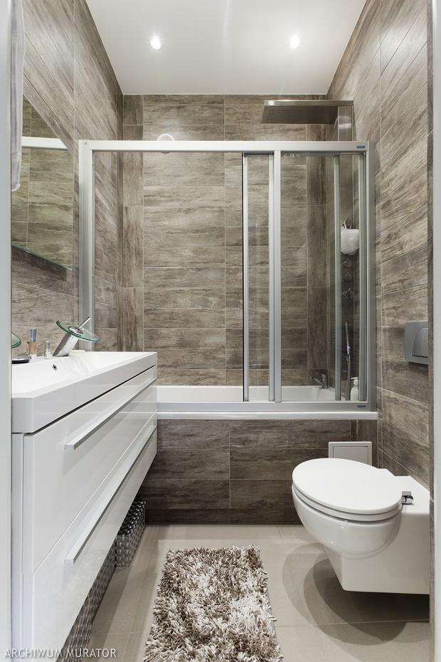 wanna i prysznic w jednej azience zobacz aran acje nowoczesnych azienek z wann i kabin. Black Bedroom Furniture Sets. Home Design Ideas